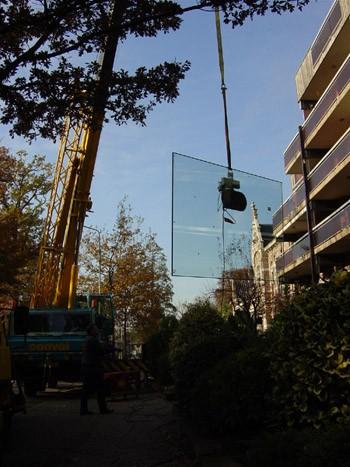 Glas plaatsen met zuiger