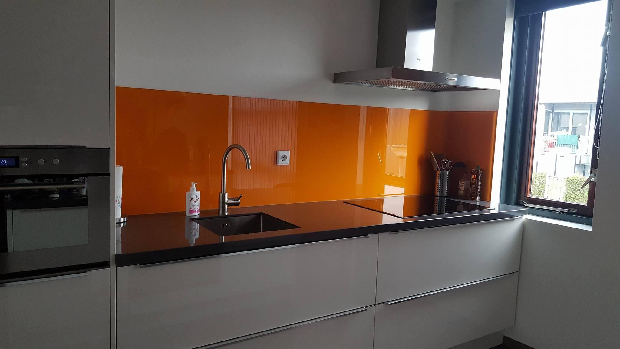 Achterwand Glas Keuken : Glazen achterwand keuken ontdek de mogelijkheden glasbestellen.nl