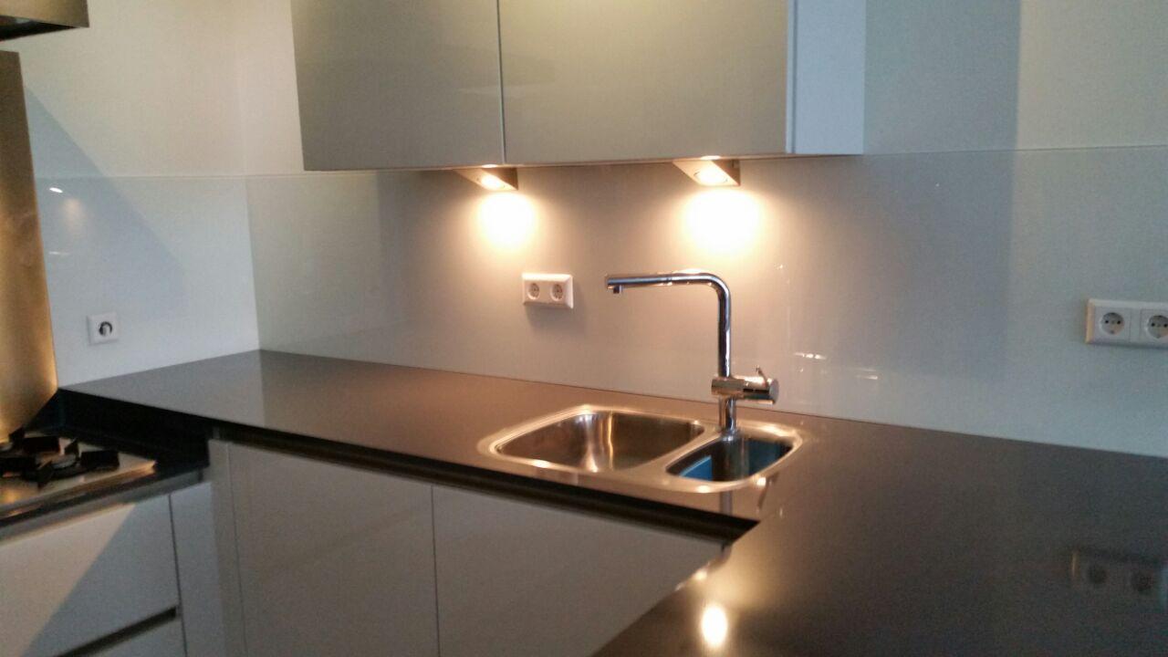 Glazen Keuken Achterwand Nijmegen : Keuken Aanrecht Achterwand – Atumre com