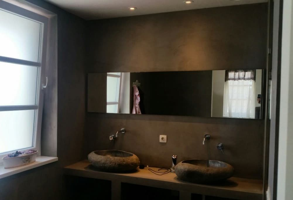 Langwerpige spiegel in de badkamer - Spiegel voor ingang ...