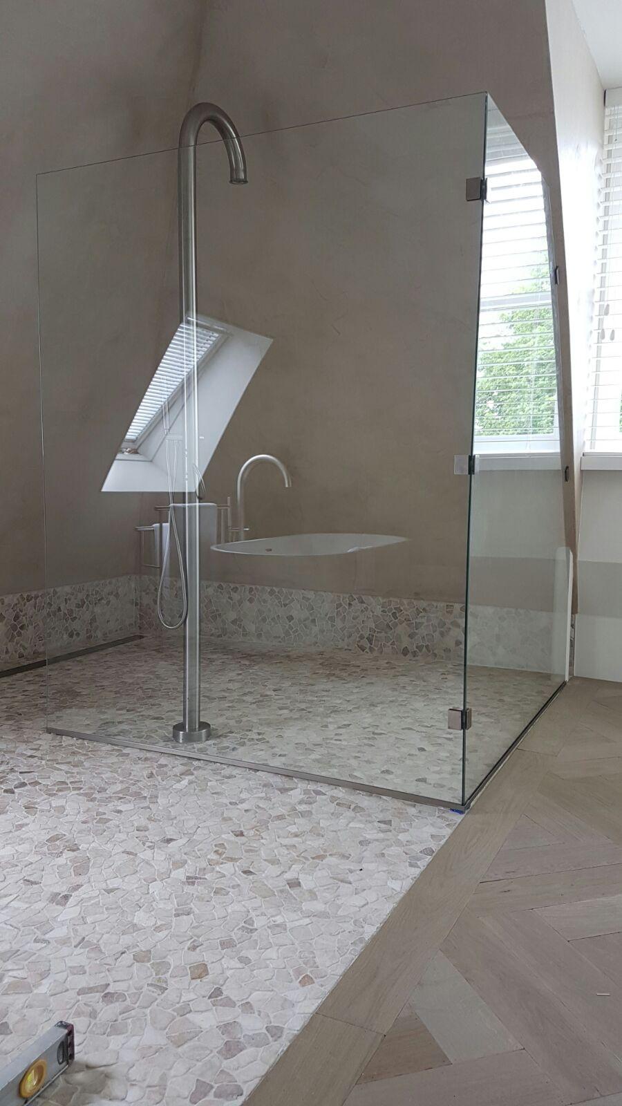 Glazen Douchewand Tot Plafond.Douchewanden Douchewand Op Maat Laten Maken Glasbestellen Nl