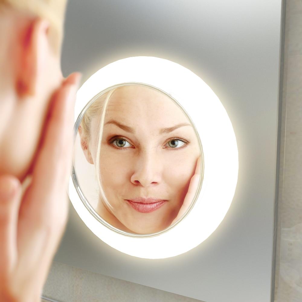 make up spiegel op het glas licht aan